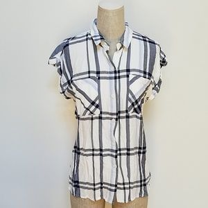 Tops - Short Sleeve Button Up Plaid Top